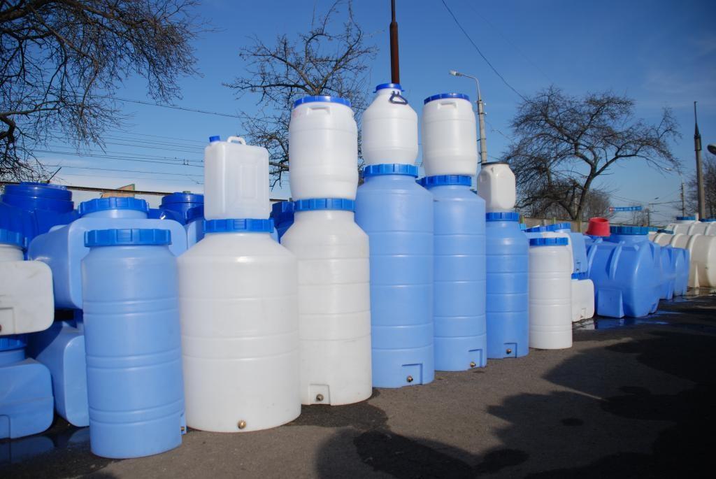 Пример емкостей для воды